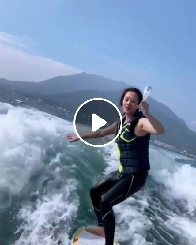 Girl Drinking Water While Surfing - Video & GIFs | Nature & Travel, girl, sea, sea fashion