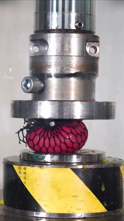 Dealing with stress - Funny Videos - funnylax.com - science & technology,hydraulic compressors,color plastics