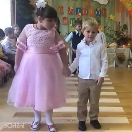Dancing in  birthday party - Funny Videos - funnylax.com - fashion & beauty,fashion children