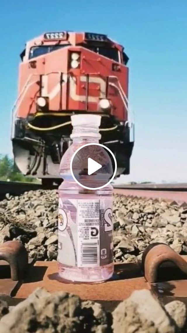 Wow This Is Very Very Nice - Video & GIFs   auto & technique, trains, rails, plastic bottles