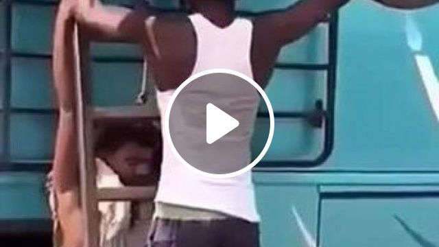 A Man Moved Sports Motorcycle Onto Roof Of Bus - Video & GIFs | auto & technique, men, male fashion, sports motorcycle, bus, luxury vehicles