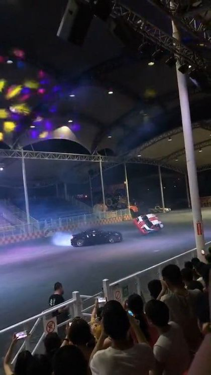 Racing track of sports cars - Video & GIFs | auto & technique,sports cars,wheel technology