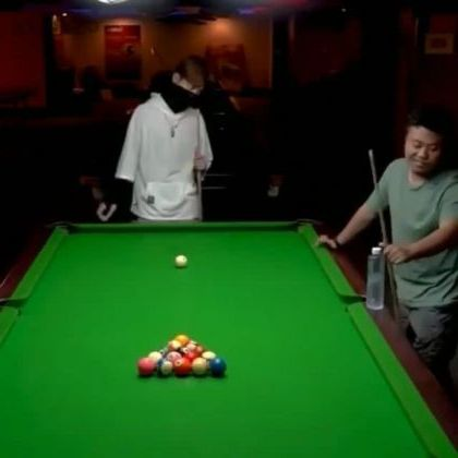 Snooker skill of man - Video & GIFs   sports,snooker skills,talented men,fashionable clothes