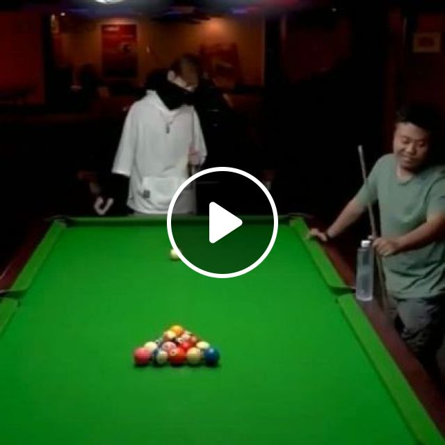 Snooker Skill Of Man - Video & GIFs   sports, snooker skills, talented men, fashionable clothes