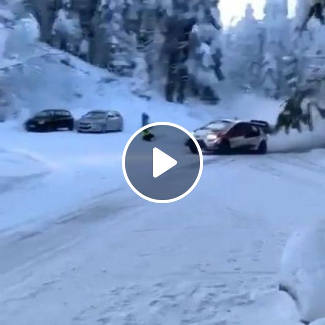 Luxury Car On Snow Terrain - Video & GIFs | Auto & Technique, Luxury cars, wheels, car parts, snowy terrain, winter