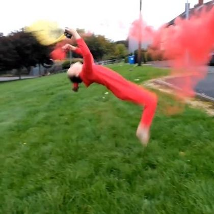 Acrobatic with colored powder