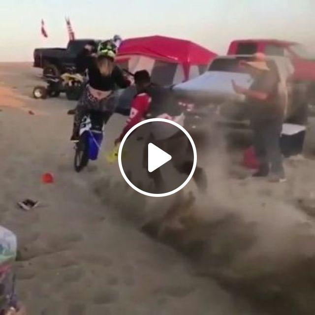 Girl And Terrain Motorcycle In Desert - Video & GIFs | auto & technique, girls, women fashion, motorcycle terrain, desert, sports cars, terrain vehicles