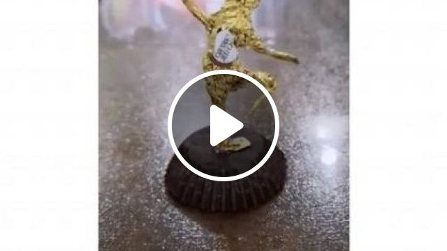 Art Of Decorating Chocolate Cakes - Video & GIFs | art & design, decorative arts, chocolate cakes