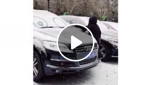 Girl Drawing On Cars In Parking Lot - Video & GIFs   auto & technique, girls, clothes fashion, winter fashion, luxury cars, parking lots