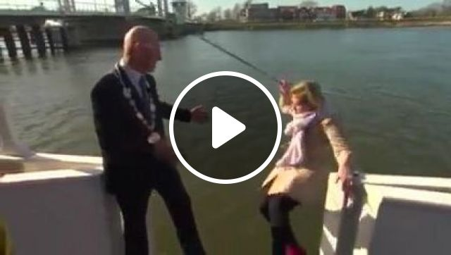 Female Reporter Interviewed Man - Video & GIFs | fashion & beauty, female reporter, female clothes, interview, business man, men's clothing, luxury shoes, video recording