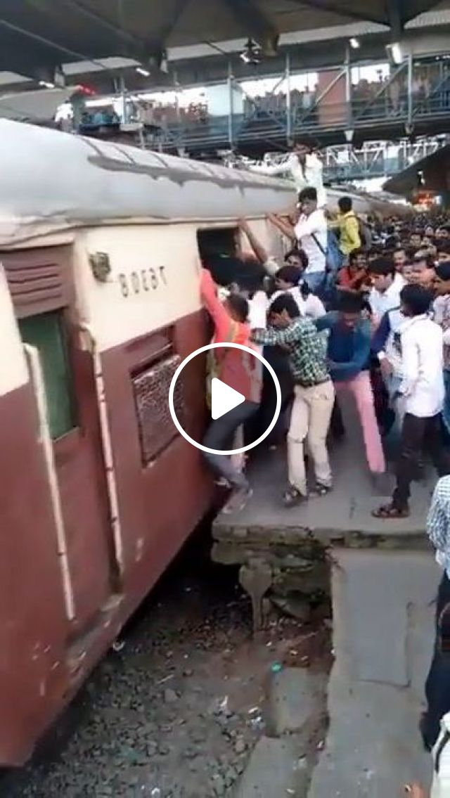 Tourist Trains In India - Video & GIFs | nature & travel, trains, tourists, india