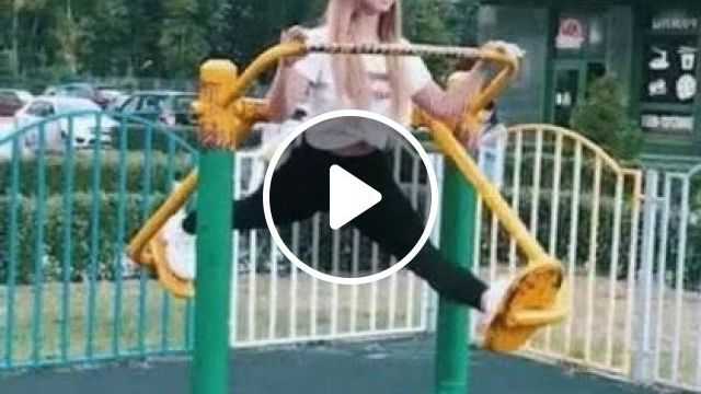 Girl Is Exercising In Morning - Video & GIFs | fashion & beauty, healthy girls, sports fashion, fashion shoes, sport equipment
