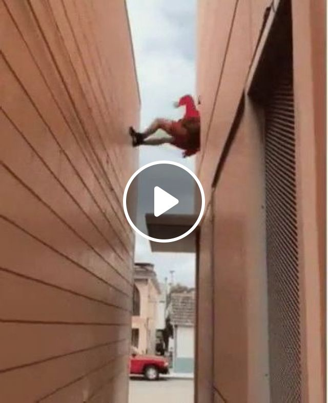 Way He Climbs Down From Roof - Video & GIFs | fashion & beauty, healthy men, men's clothing, men's shoes, luxury cars, luxury apartments