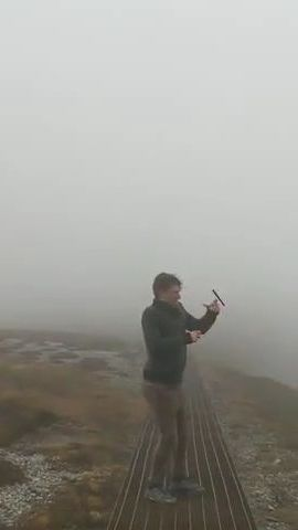 Do not use smartphones when traveling to high mountains - Funny Videos - funnylax.com - nature & travel,smart phones,men,male fashion,tourists,dropped