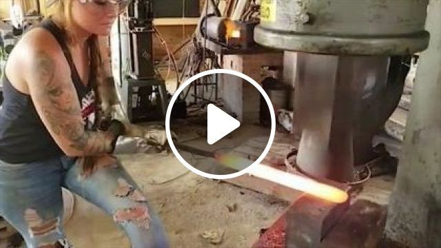 Technology For Producing Metal Objects For Families - Video & GIFs | science & technology, workers, hydraulic presses, household appliances, home appliances, manufacturing